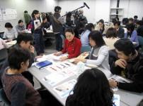 NHK「おはよう日本」のテレビ取材が入ったワークショップ風景