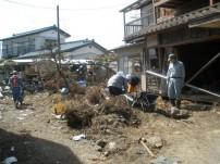 被災地ボランティア作業の様子