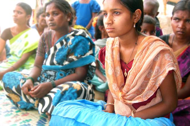 お父さんと妹を亡くしてまったアルナちゃん(インド)