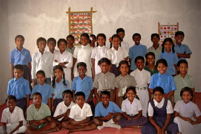マッデラバンダ村の子どもグループのメンバー