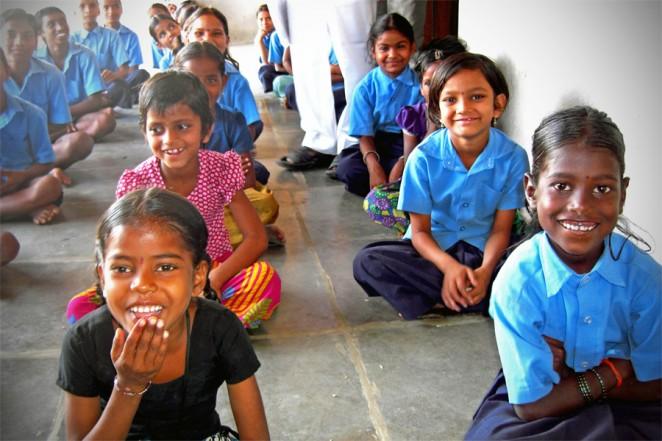遊ぶ、学ぶ、笑う。そんなあたりまえを、世界の子どもたちに。