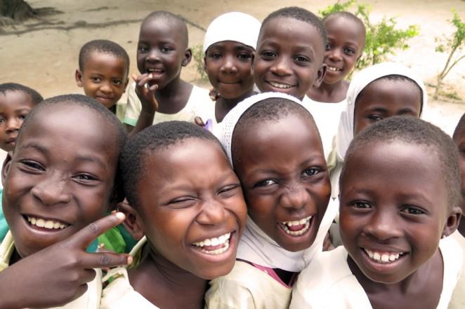 ガーナ北部から移住してきたムスリムの子どもたちも学校へ通いはじめました