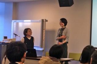 フリーアナウンサー桐島瑞希さんとACEスタッフ山下との対談の様子