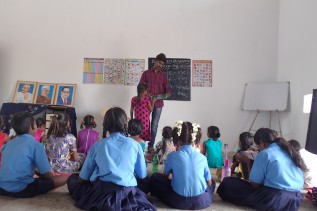 インド ブリッジスクール