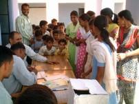 子ども村議会選挙の様子