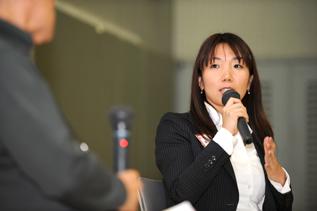 ACE法人化5周年記念シンポジウムに登壇された谷川俊太郎さんとACE岩附