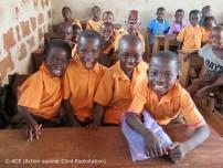 ガーナ・カカオ生産地の子どもたち