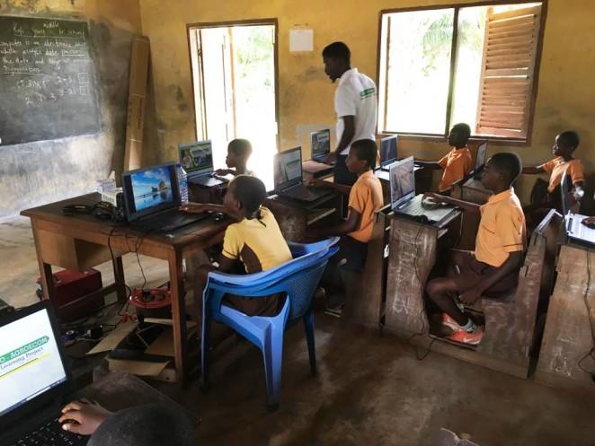 パソコンの授業の様子