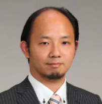 羽生田慶介氏